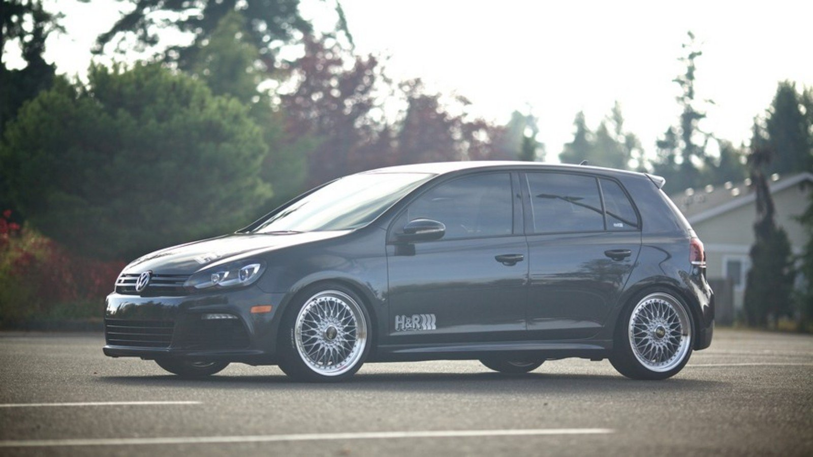 2013 volkswagen golf r by h r springs review gallery top speed. Black Bedroom Furniture Sets. Home Design Ideas
