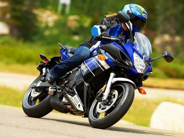 2013 Yamaha Fz6r Motorcycle Review Top Speed