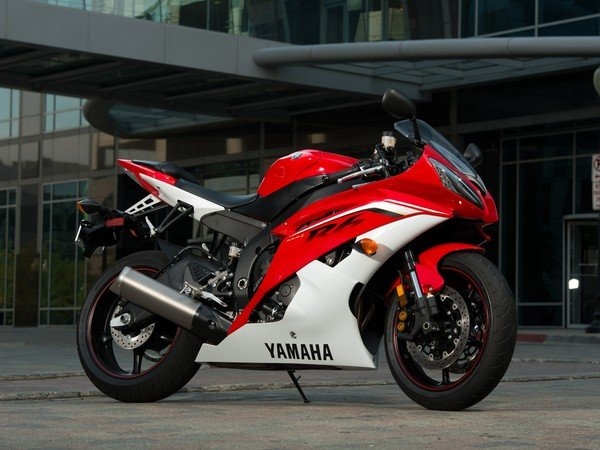 2013 Yamaha Yzf R6 Pictures Motorcycle Review Top Speed