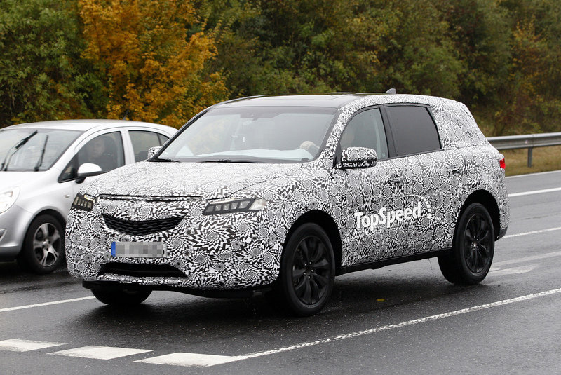 Spy Shots: Acura MDX Comes Out of Hiding for Another Round of Testing