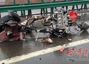 Pair of Ferraris Demolish Each Other in China - image 477790