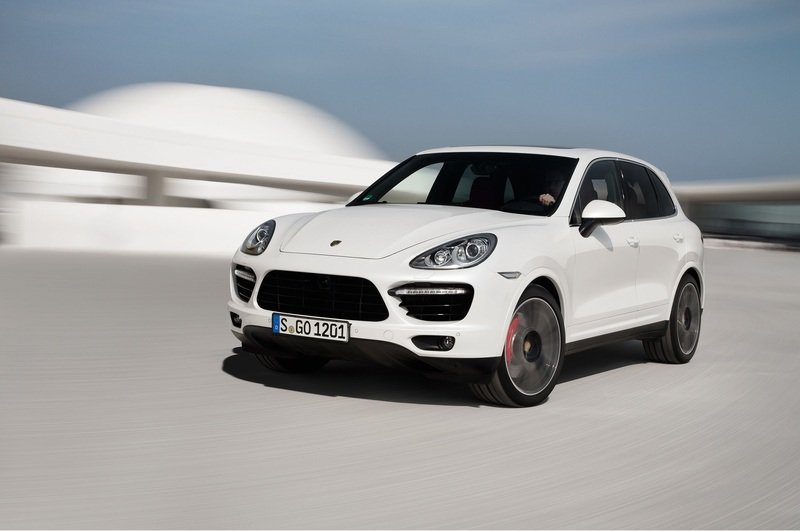 2013 Porsche Cayenne Turbo S High Resolution Exterior - image 477594