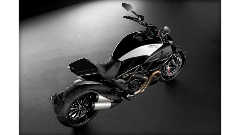2013 Ducati Diavel Cromo High Resolution Exterior - image 481756