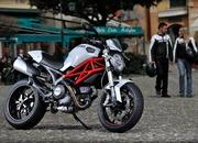 2013 Ducati Monster 796 20th Anniversary - image 482315