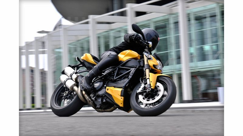 2013 Ducati Streetfighter 848 High Resolution Exterior - image 482886