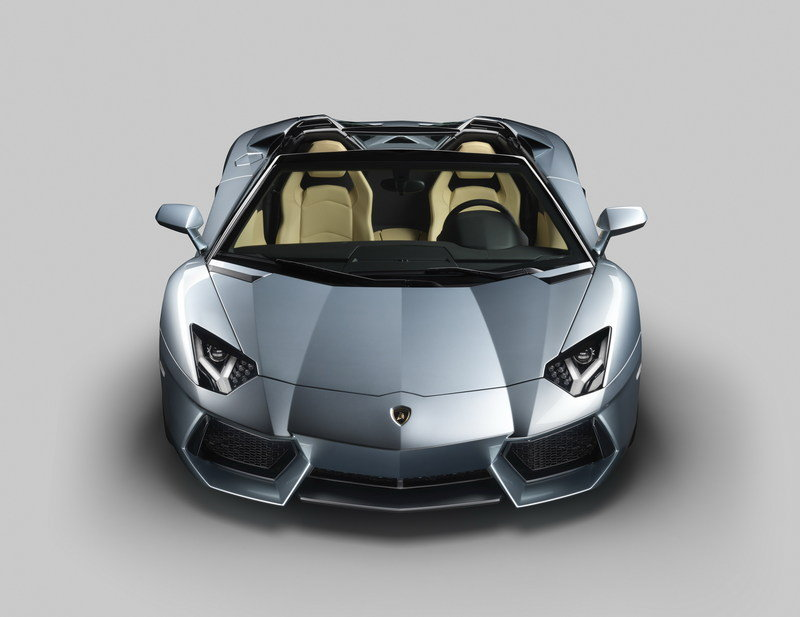 2013 Lamborghini Aventador LP700-4 Roadster High Resolution Exterior - image 481593