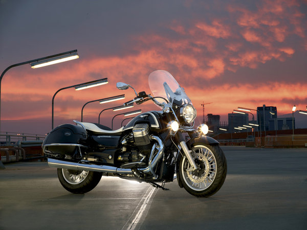 2013 moto guzzi california 1400 touring and custom motorcycle review top speed. Black Bedroom Furniture Sets. Home Design Ideas