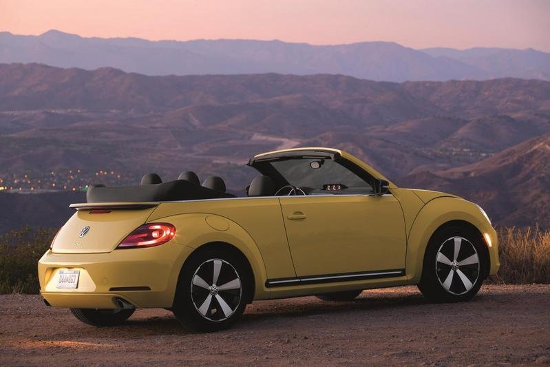 2013 Volkswagen Beetle Cabrio High Resolution Exterior - image 484385