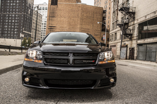 2013 Dodge Avenger Blacktop Edition Car Review Top Speed