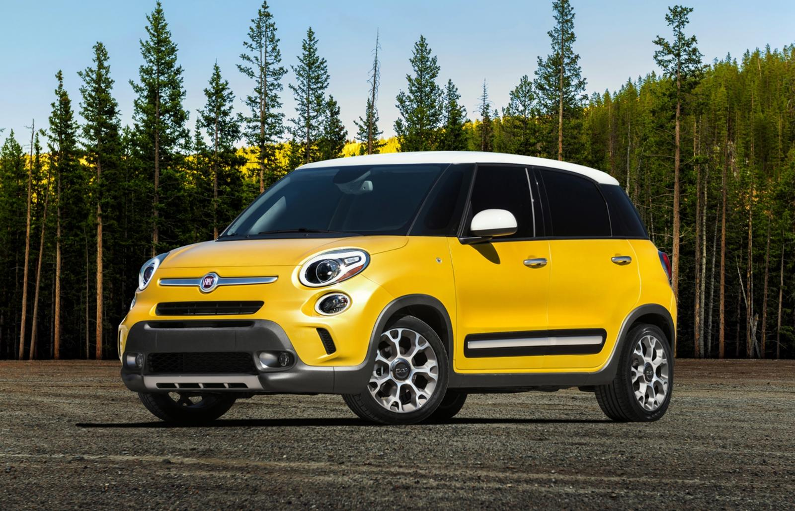 2014 fiat 500l trekking review top speed. Black Bedroom Furniture Sets. Home Design Ideas