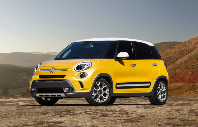 2014 Fiat 500L Trekking High Resolution Exterior - image 483838