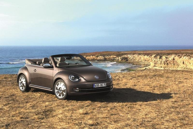 2013 Volkswagen Beetle Cabrio 50s, 60s and 70s Editions