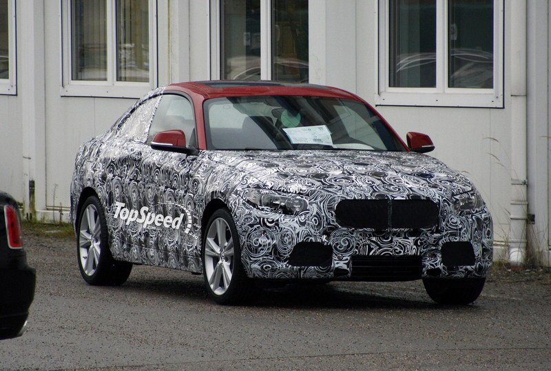 Spy shots: BMW 2-Series Coupe drops cammo