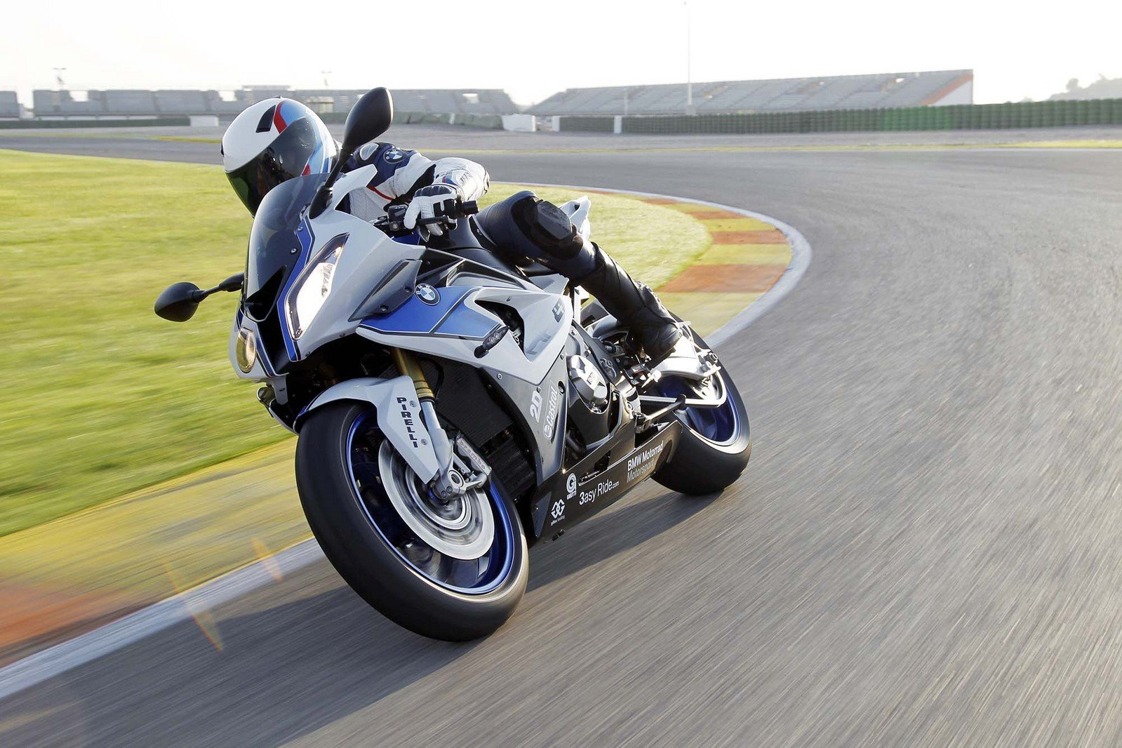 2013 BMW S1000RR HP4 - Picture 486401