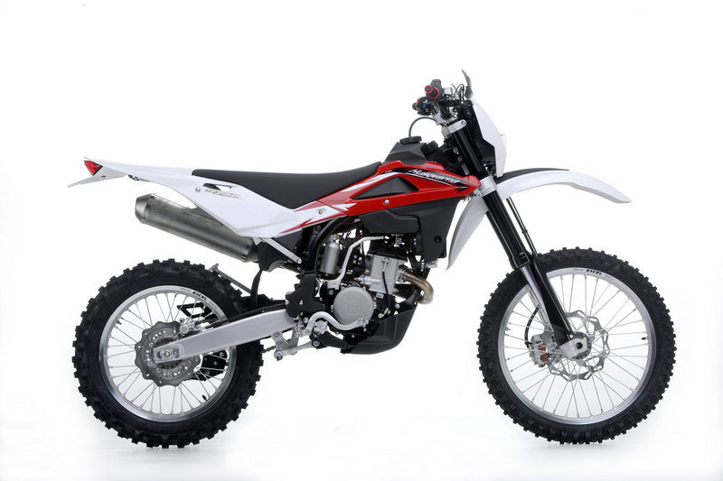 2013 Husqvarna TE 250R High Resolution Exterior - image 485659