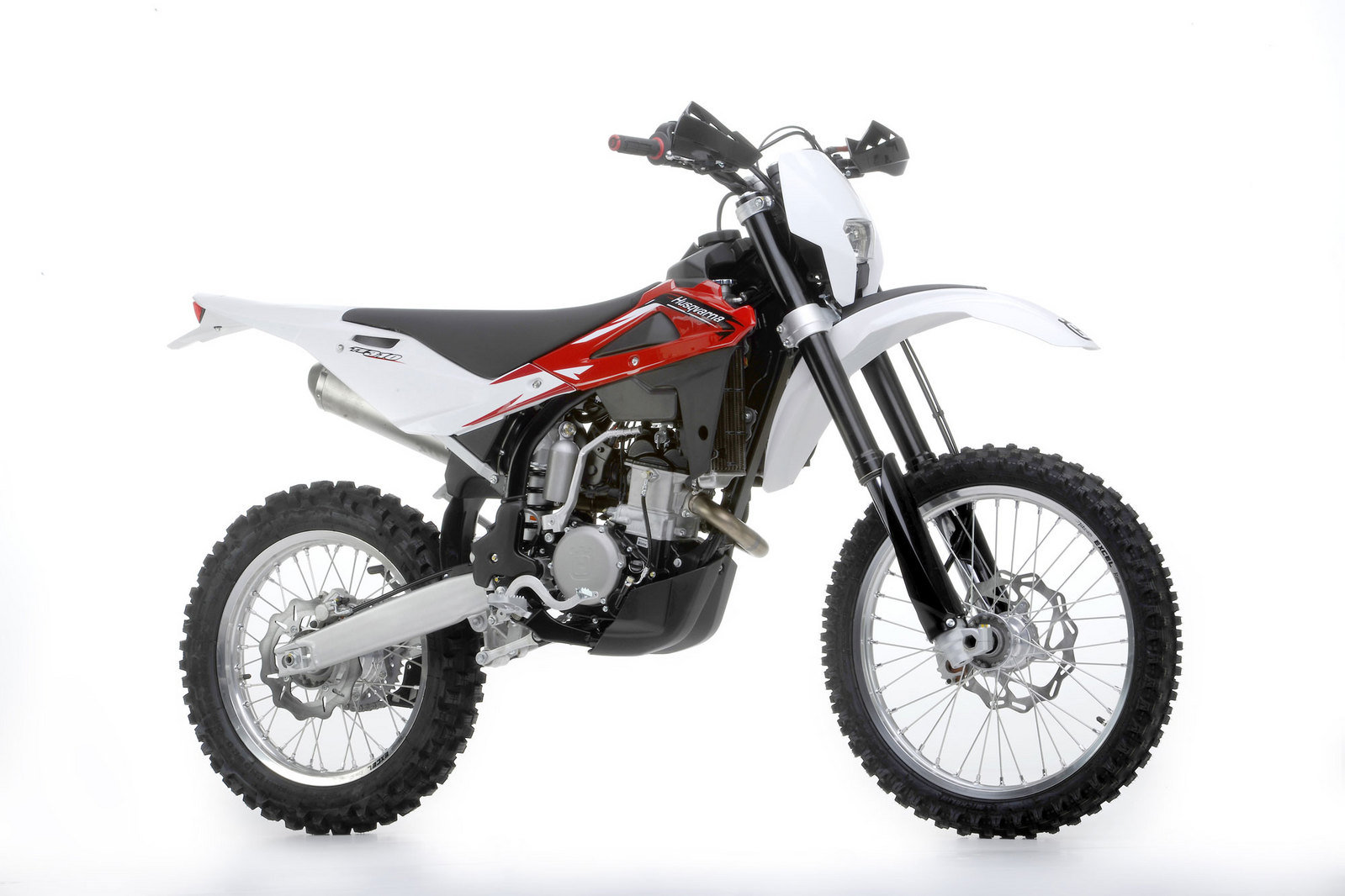 2013 husqvarna te 310 r review top speed. Black Bedroom Furniture Sets. Home Design Ideas