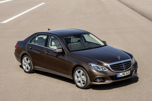 2014 mercedes e class car review top speed. Black Bedroom Furniture Sets. Home Design Ideas