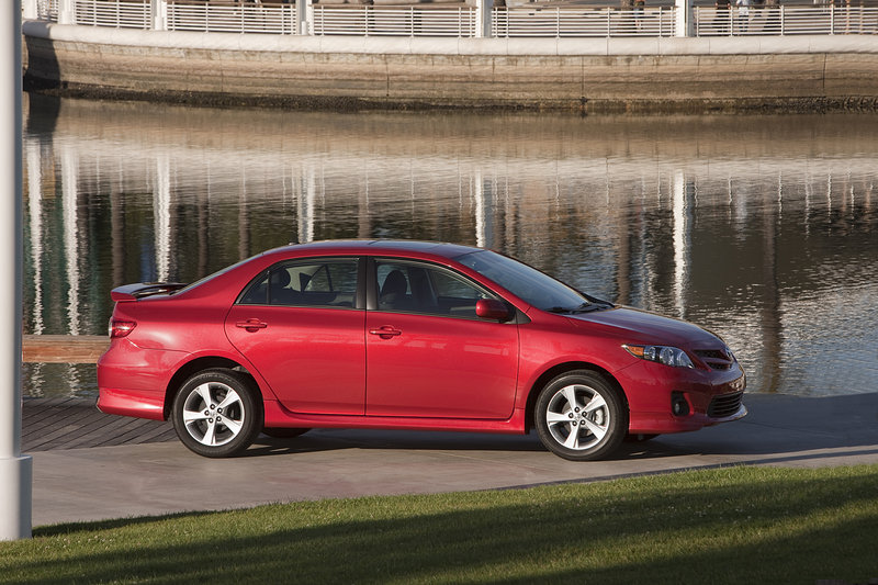 2013 Toyota Corolla High Resolution Exterior - image 486805