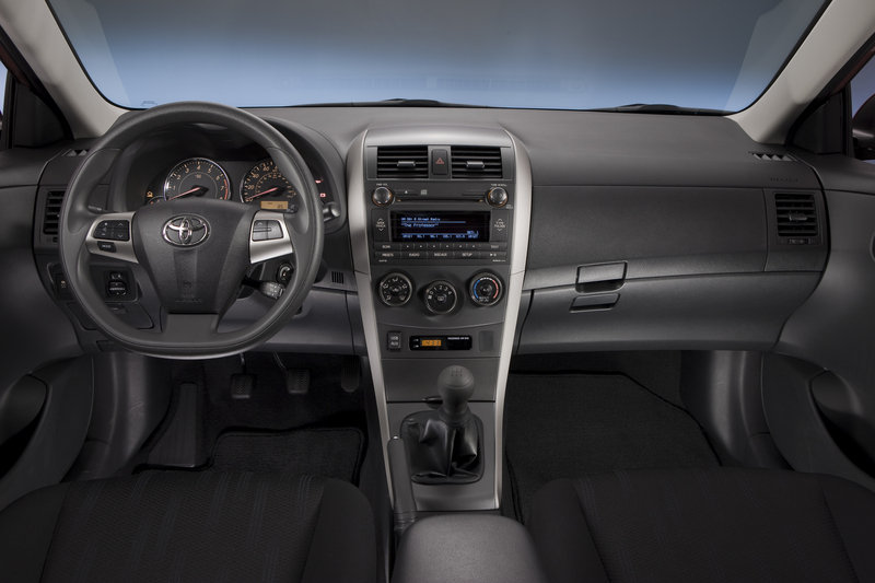 2013 Toyota Corolla High Resolution Interior - image 486794