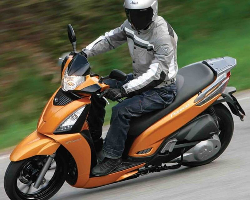 2013 Kymco People GT 300i Exterior - image 488962