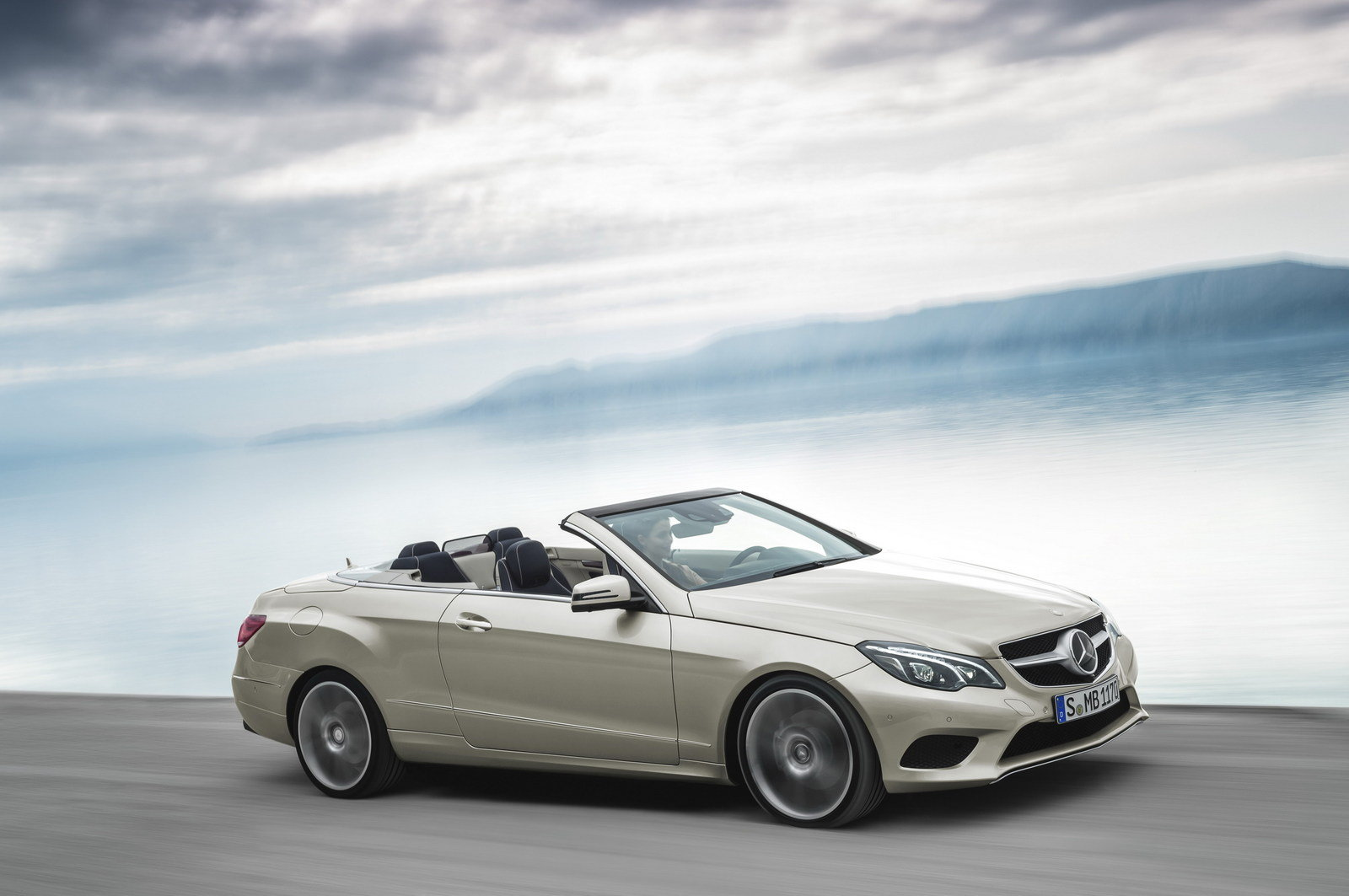 2014 mercedes e class convertible review top speed. Black Bedroom Furniture Sets. Home Design Ideas