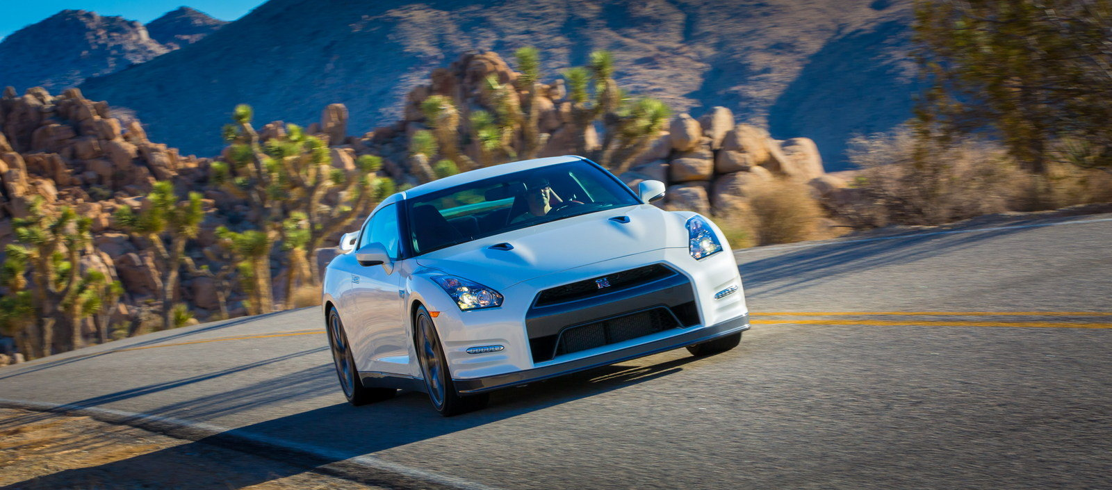 2014 Nissan GTR Review  Top Speed