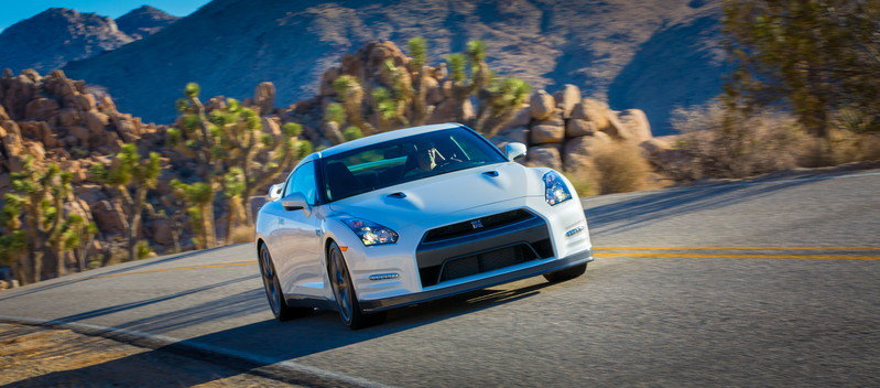 2014 Nissan GT-R High Resolution Exterior - image 488393