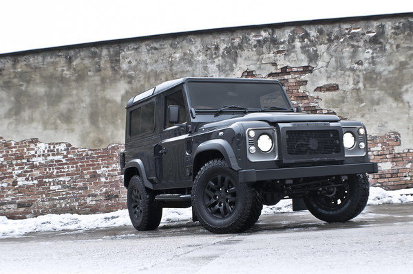 land rover defender military edition by kahn design picture