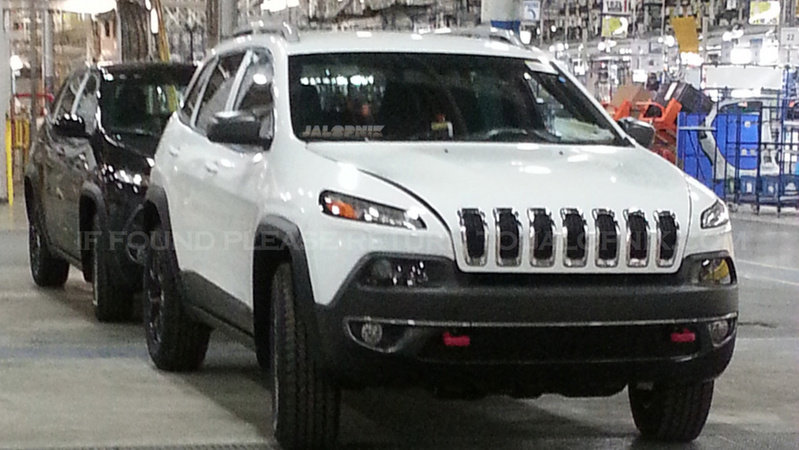 2014 Jeep Cherokee Looks Like no Other Jeep