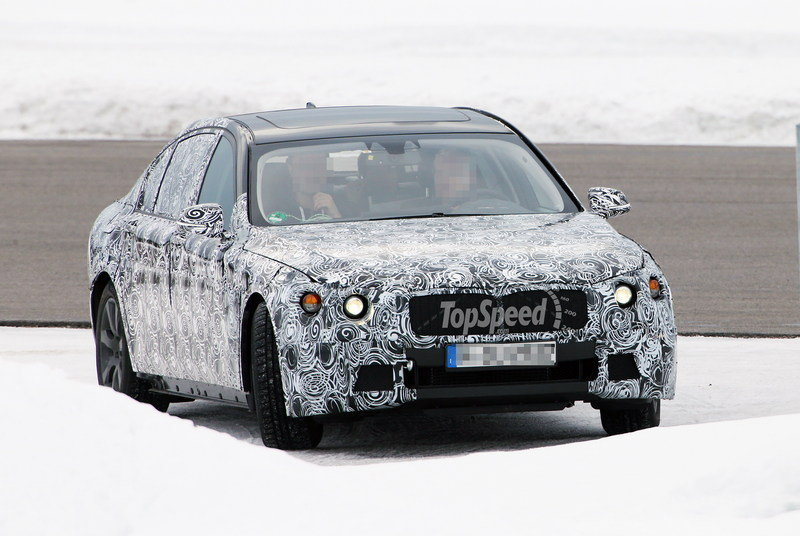 Spy Shots: Next Generation BMW 7-Series Caught Testing for the First Time
