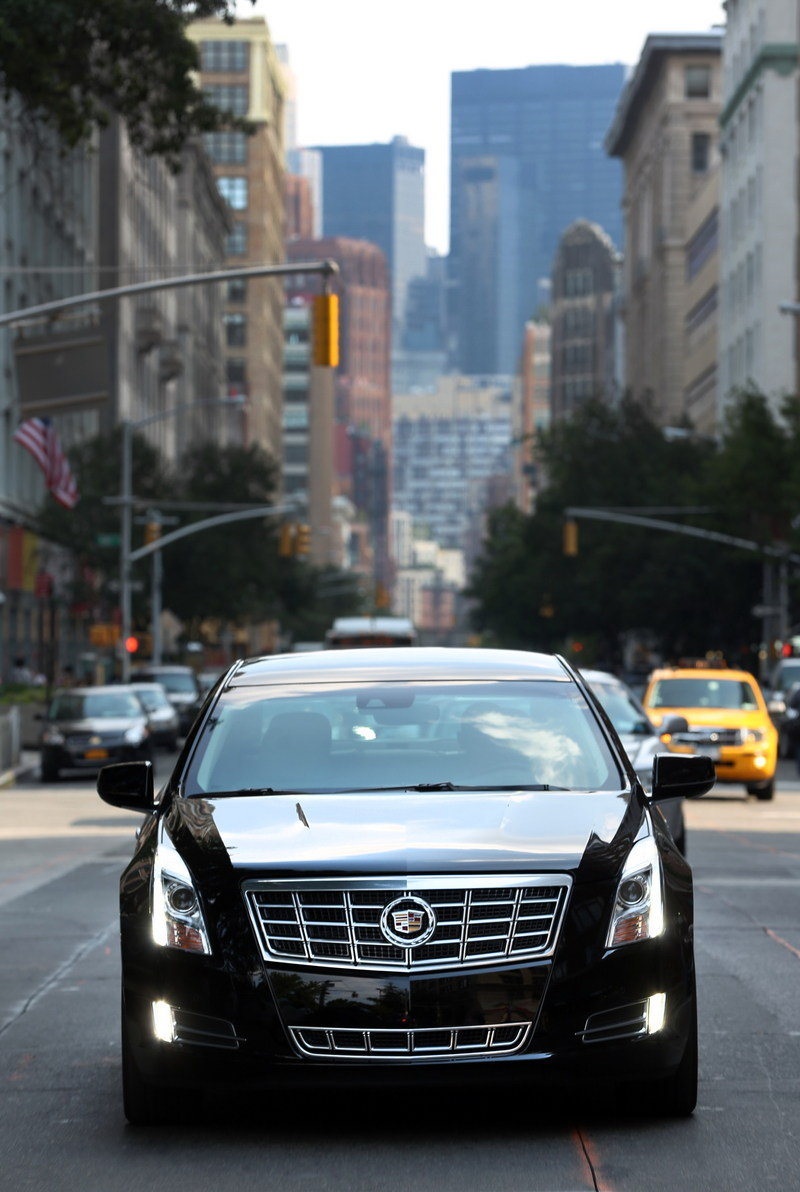 2013 Cadillac XTS W20 Livery Package