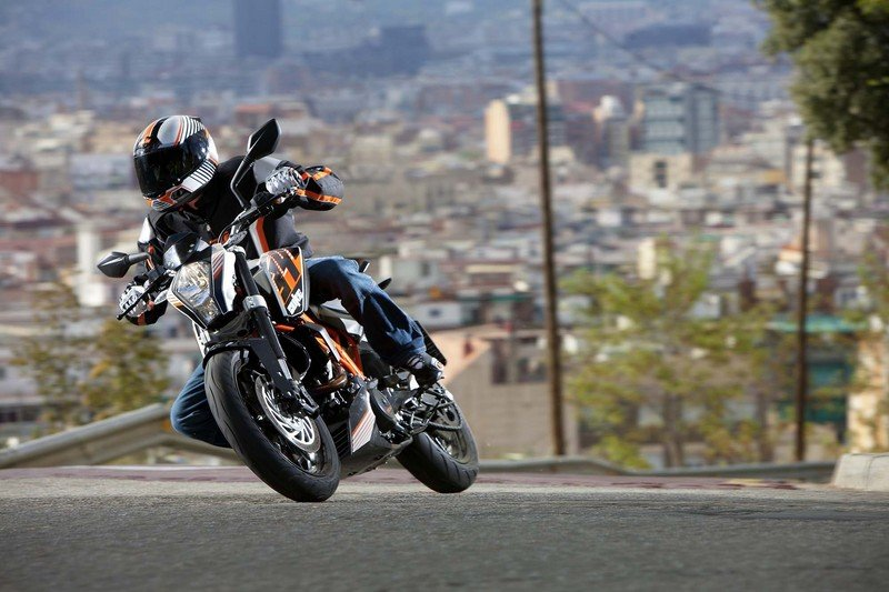 2013 KTM 390 Duke High Resolution Exterior - image 493763