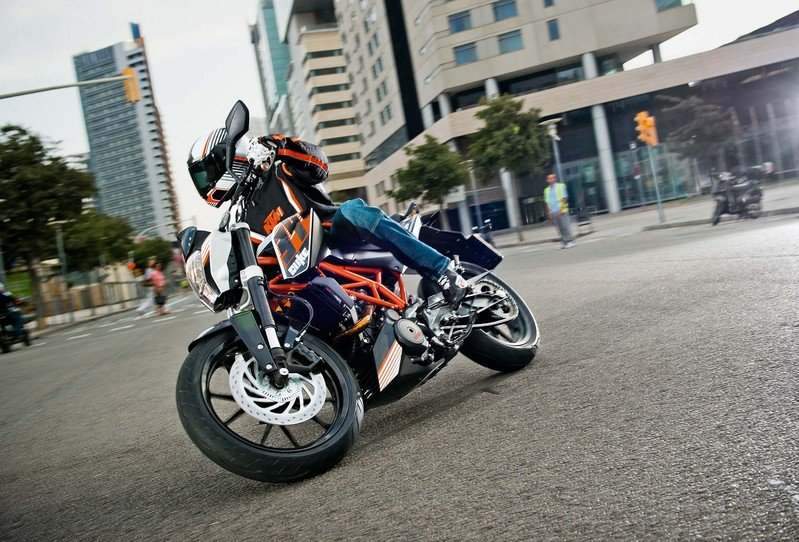 2013 KTM 390 Duke High Resolution Exterior - image 493764