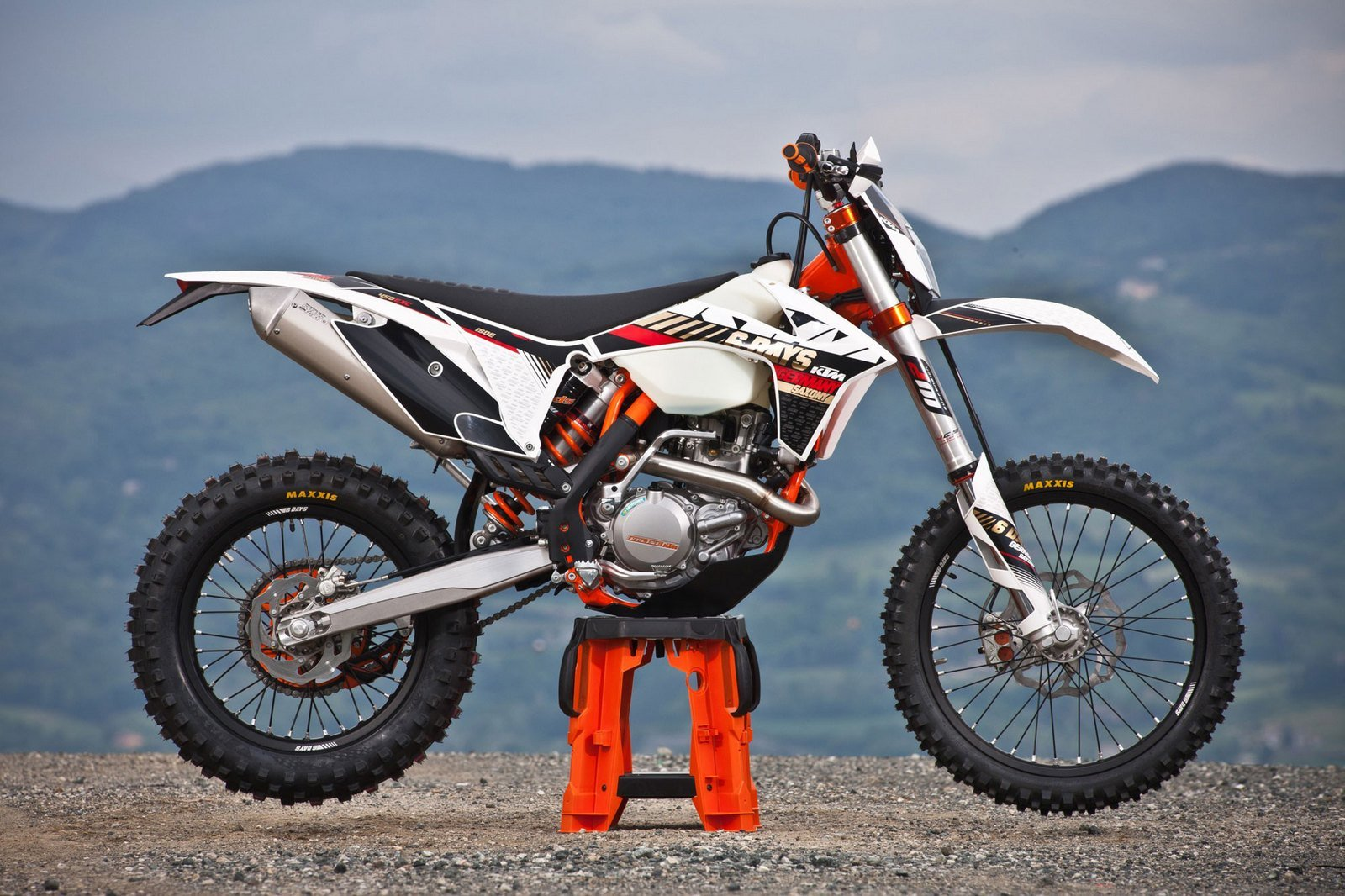 2013 ktm 450 exc six days review top speed. Black Bedroom Furniture Sets. Home Design Ideas
