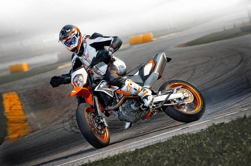 2013 KTM 690 SMC R High Resolution Exterior - image 493124