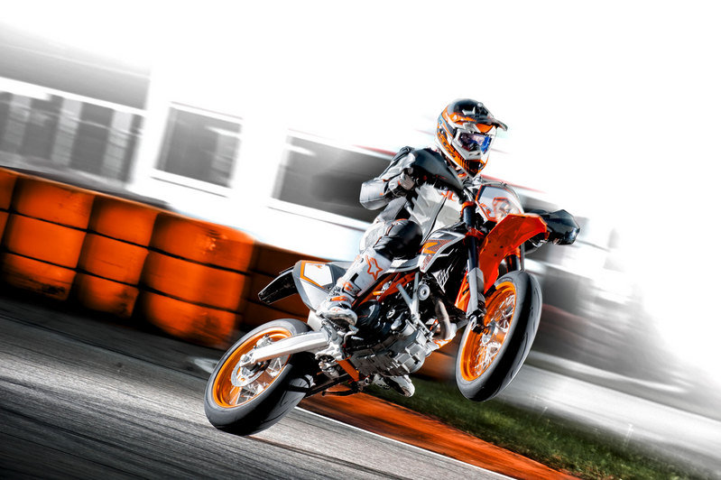2013 KTM 690 SMC R High Resolution Exterior Wallpaper quality - image 493128