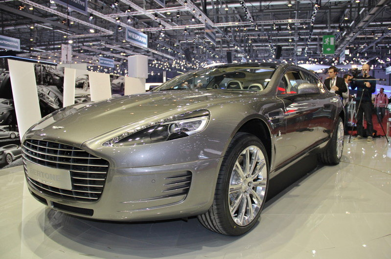 "2013 Aston Martin Rapide Shooting Brake ""Jet 2+2"" Concept by Bertone Exterior AutoShow - image 497022"