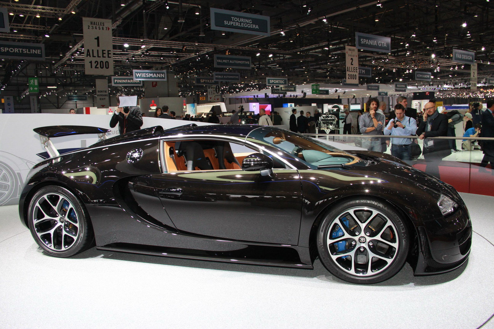 2013 bugatti veyron 16 4 grand sport vitesse black carbon picture 497445 car review top speed. Black Bedroom Furniture Sets. Home Design Ideas