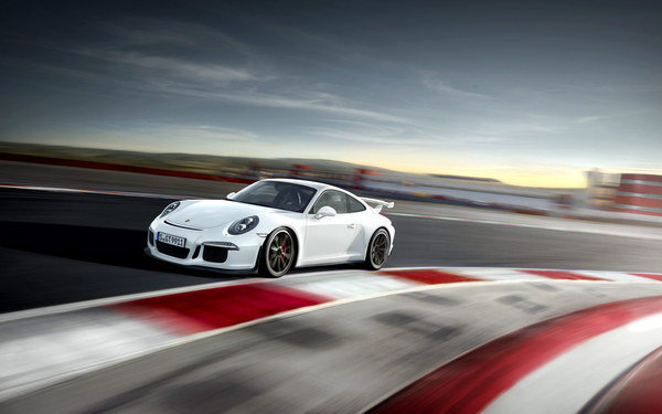 The new porsche 911 gt3 will be launched on the market from august