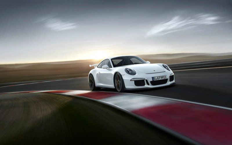 2014 Porsche 911 GT3 High Resolution Exterior - image 495324