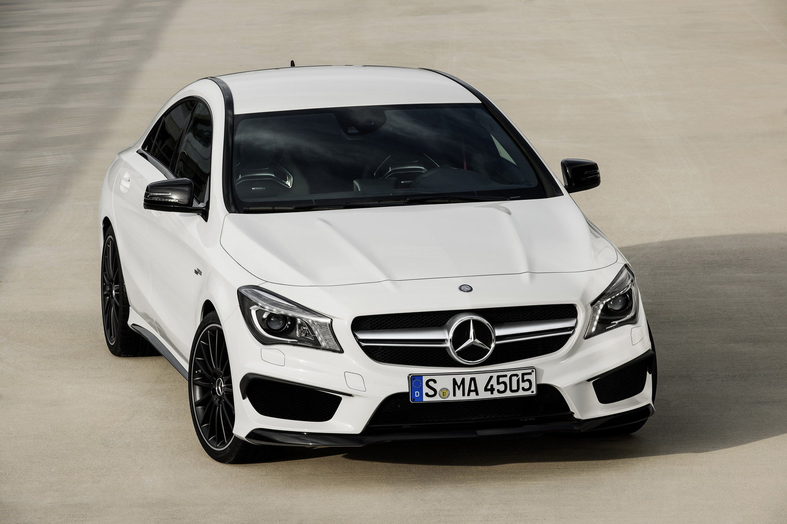 2014 mercedes cla 45 amg review top speed. Black Bedroom Furniture Sets. Home Design Ideas