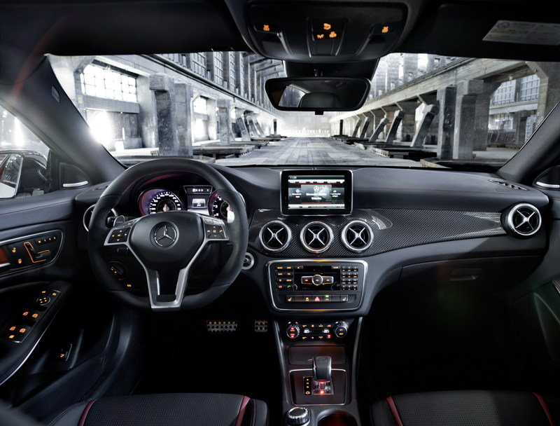 2014 Mercedes CLA 45 AMG High Resolution Interior - image 499301