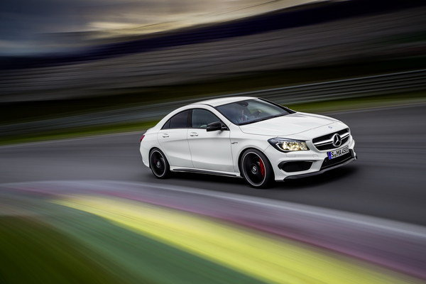 2014 mercedes cla 45 amg car review top speed for Mercedes benz cla 250 top speed