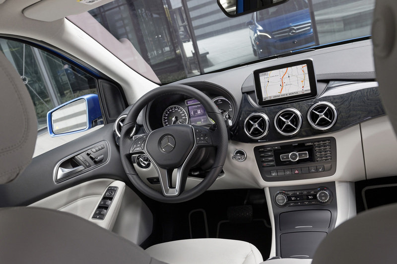 2014 Mercedes-Benz B-Class Electric Drive High Resolution Interior - image 500114
