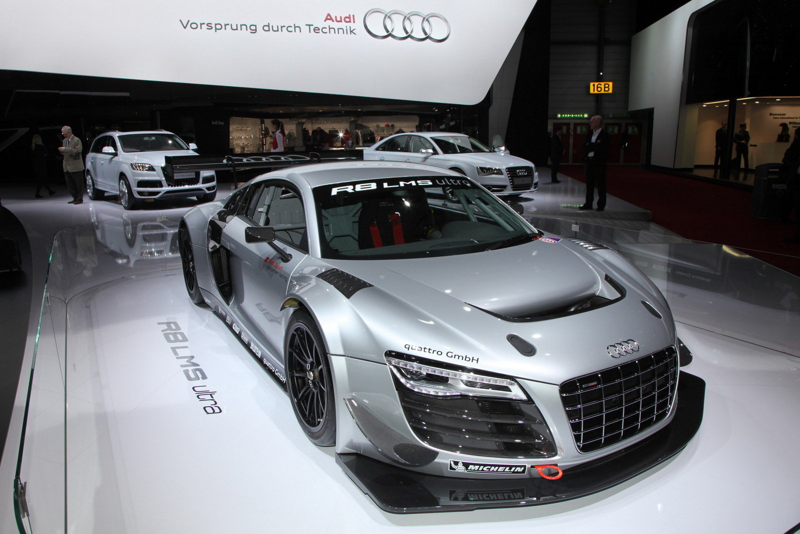 2013 audi r8 lms ultra review top speed. Black Bedroom Furniture Sets. Home Design Ideas