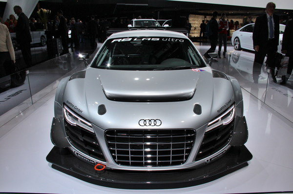 2013 audi r8 lms ultra car review top speed. Black Bedroom Furniture Sets. Home Design Ideas