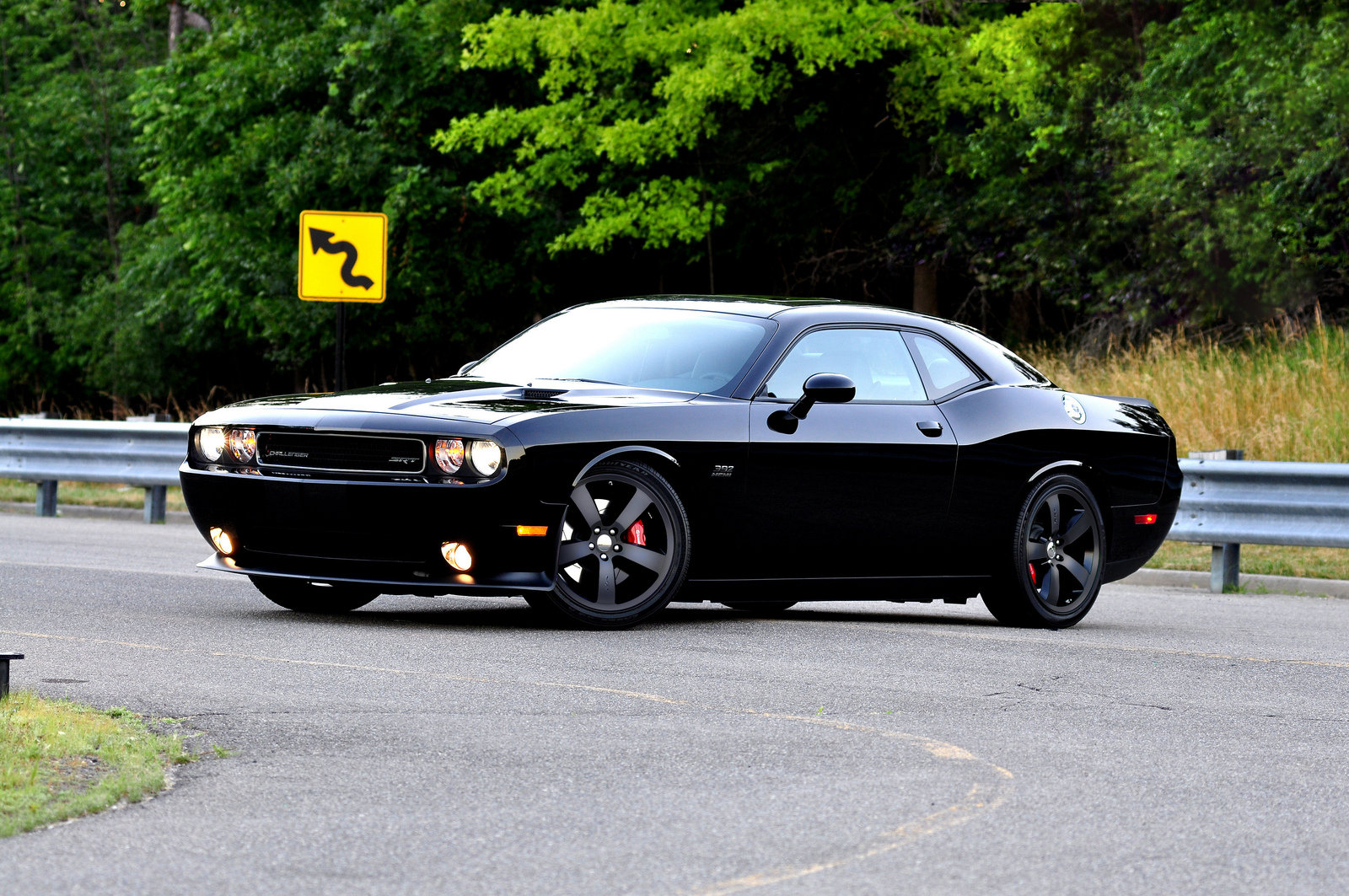2011 Dodge Challenger SRT8 Pitch Black | car review @ Top Speed