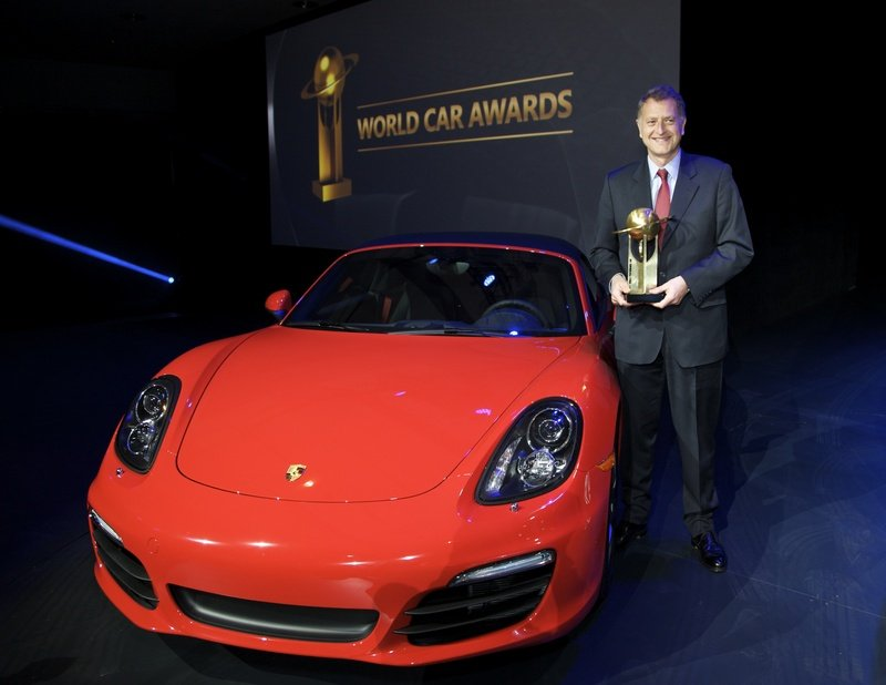 "Porsche Boxster and Cayman Take the 2013 ""World Performance Car"" Title"