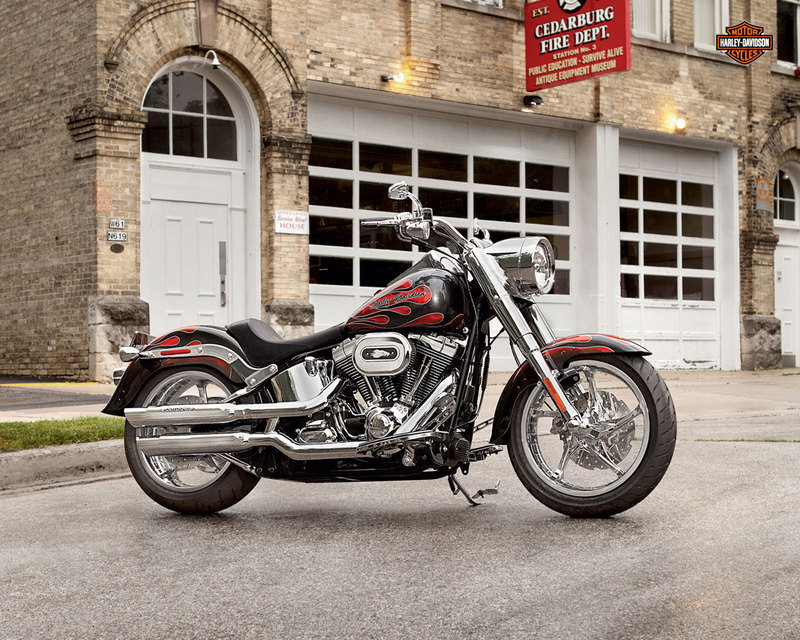 2013 Harley-Davidson FLSTF Softail Fat Boy – USA Version