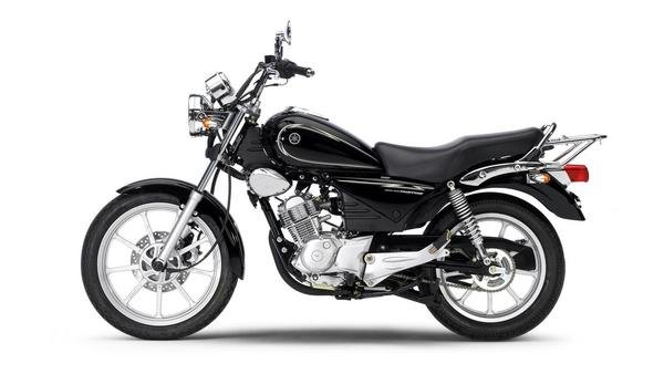 2013 yamaha ybr125 custom motorcycle review top speed. Black Bedroom Furniture Sets. Home Design Ideas